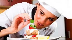 Trabajadores que tiene que tener la formación sobre manipulación de alimentos